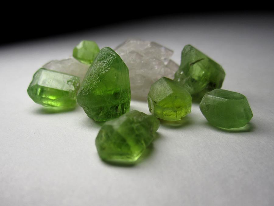 Хризолит камень магические свойства