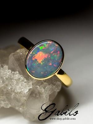 Золотые кольца с черным опалом